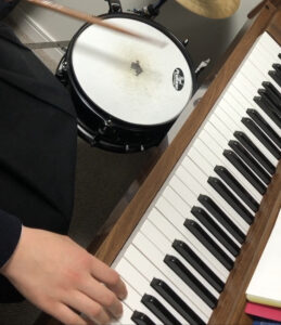 piano lesson with snare